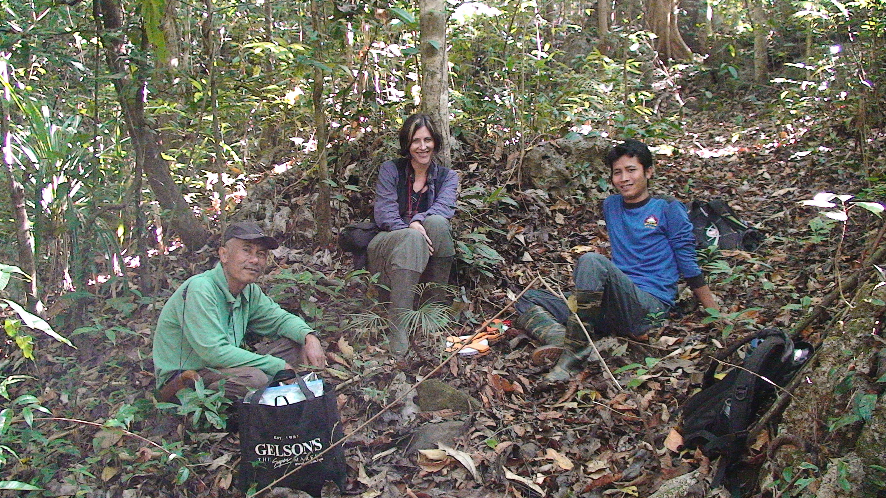 Riley with park rangers, Pak Haro (left) and Paisal (right) in Bantimurung Bulusaraung National Park.